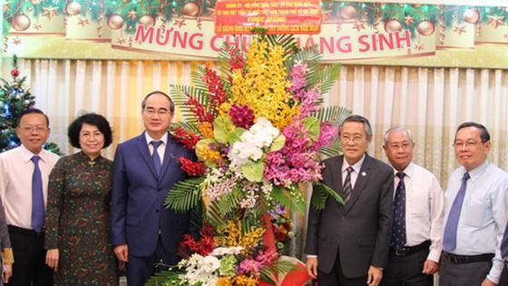 Đoàn lãnh đạo TPHCM thăm, chúc mừng Giáng sinh Hội thánh Tin Lành Việt Nam (miền Nam)     ảnh 2