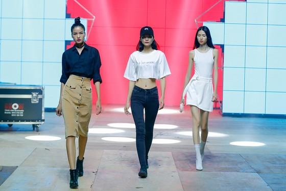 Ai sẽ là quán quân Vietnam's Next Top Model All Stars 2017? ảnh 1