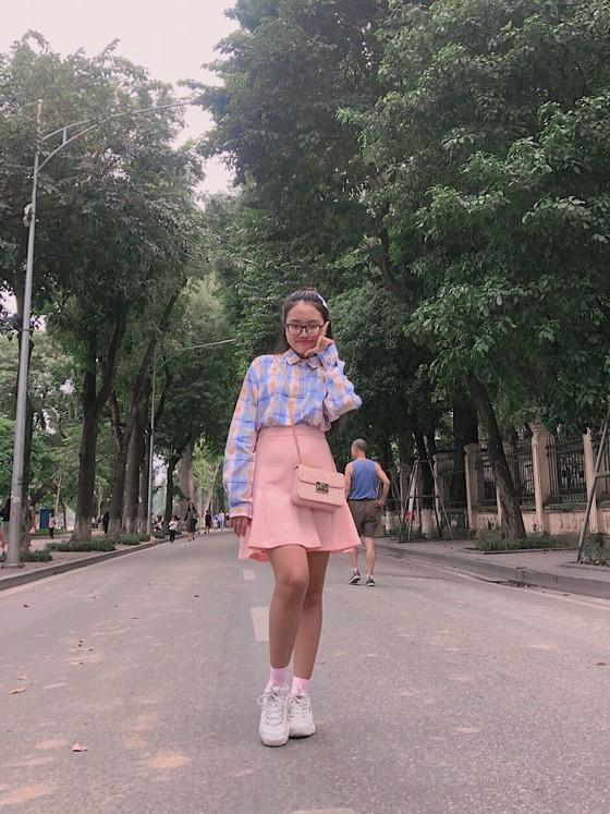 """Phương Mỹ Chi khiến fan thích thú khi cover hit """"HongKong1"""" ảnh 2"""