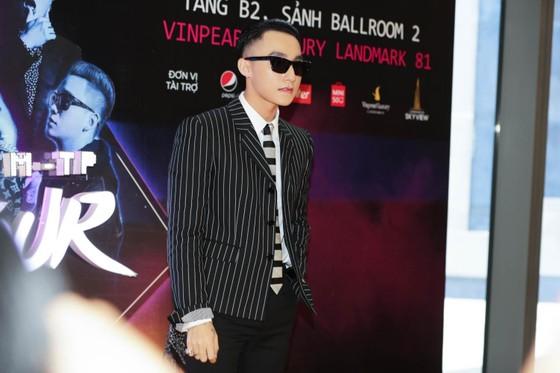 Sơn Tùng M-TP thực hiện Sky tour xuyên Việt với dàn nghệ sĩ Underground 'khủng' ảnh 2
