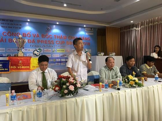 7 cơ quan báo, đài tranh tài giải bóng đá Press Cup ĐBSCL 2018 ảnh 1