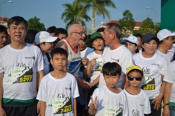 Sôi động Giải chạy bộ Mekong Delta Marathon ảnh 2