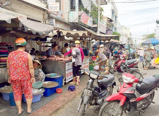 Chấm dứt hoạt động chợ lề đường Cô Giang từ ngày 1-10 ảnh 1