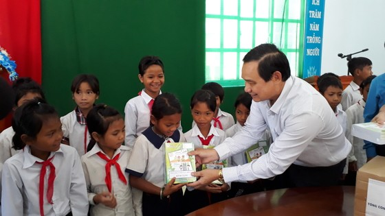 Tổng công ty Điện lực Miền Nam trao nhà tình nghĩa, tình thương tại Lâm Đồng ảnh 1