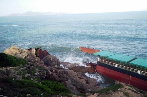 """""""Nghĩa địa"""" tàu đắm ở Quy Nhơn bao giờ mới được giải cứu ? ảnh 3"""