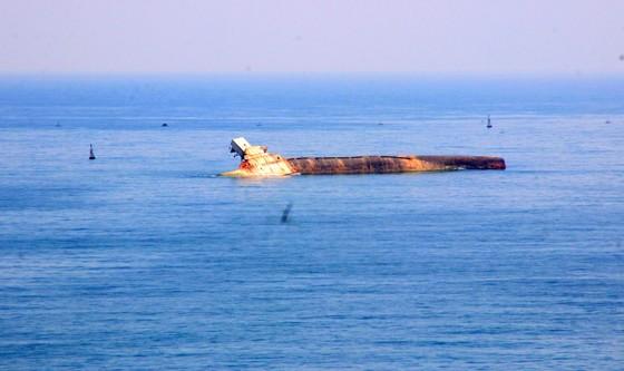 """""""Nghĩa địa"""" tàu đắm ở Quy Nhơn bao giờ mới được giải cứu ? ảnh 4"""