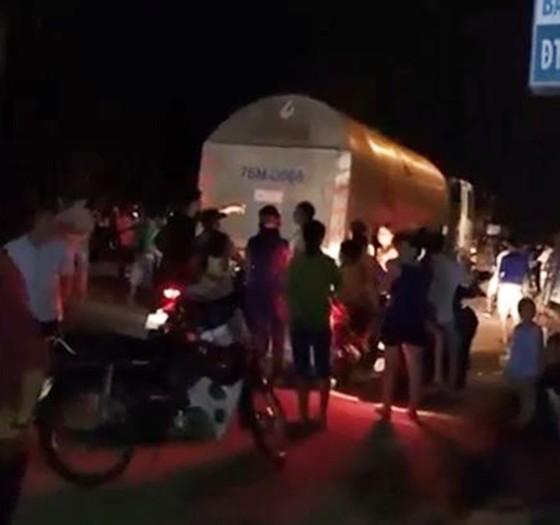 Xe chở dăm tông vào đám đông khiến 6 người thương vong ảnh 2