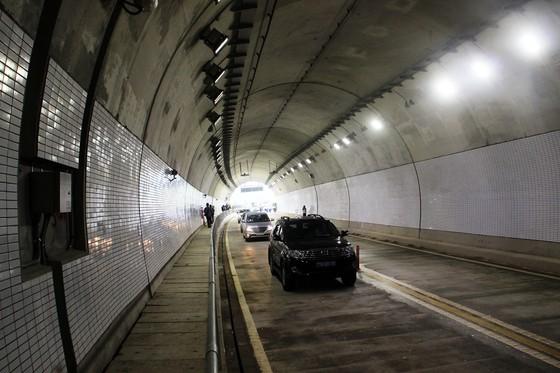 Hầm đường bộ dài thứ 3 cả nước chính thức thông xe ảnh 4
