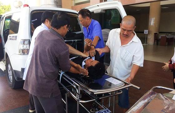 Xe Lexus biển số 6666 tông vào đám tang, 3 người chết, 8 người bị thương ảnh 3