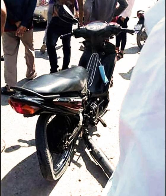 Khẩn trương điều tra nguyên nhân xe CSGT tông chết người trên QL19 ảnh 2
