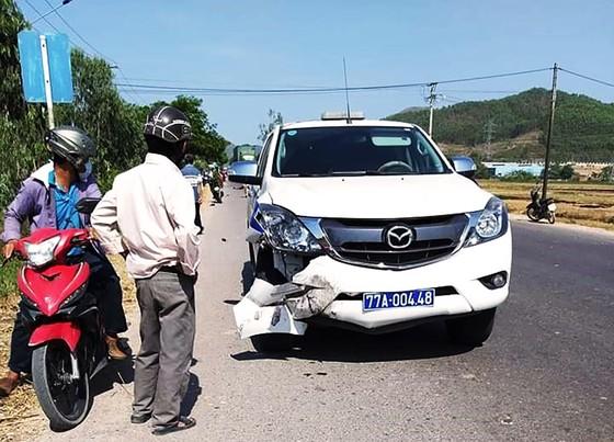 Khẩn trương điều tra nguyên nhân xe CSGT tông chết người trên QL19 ảnh 1