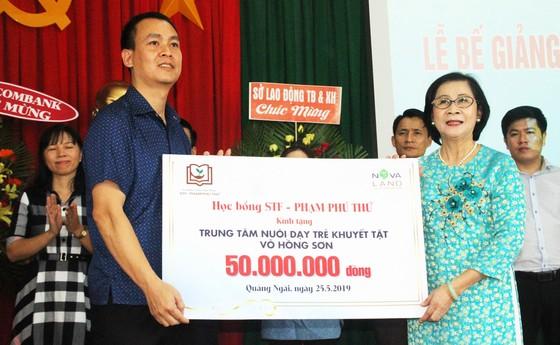 2,3 tỷ đồng ủng hộ Trung tâm Nuôi dạy trẻ khuyết tật Võ Hồng Sơn ảnh 10