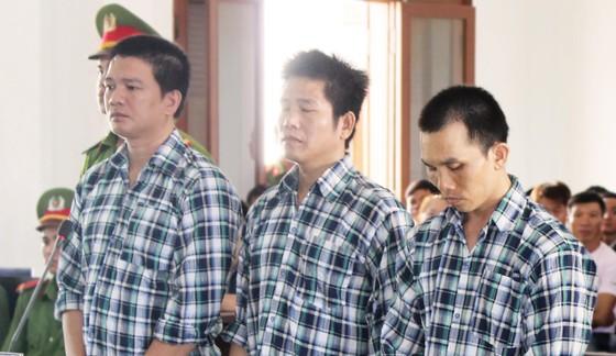 2 đối tượng cướp vàng gây rúng động ở Phú Yên lãnh mức án nào? ảnh 1