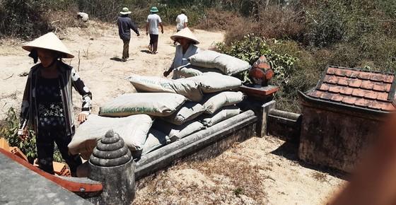 Vụ đất tặc lộng hành đào phá núi Mò O: Vì sao chưa đối thoại, công khai kết quả xử lý? ảnh 4