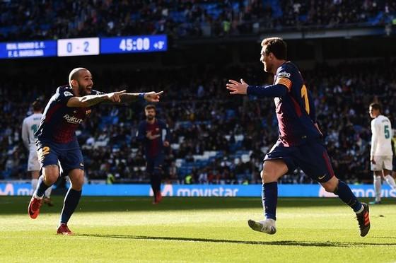 Chỉ 1 chiếc giày Messi vẫn nguy hiểm ảnh 3