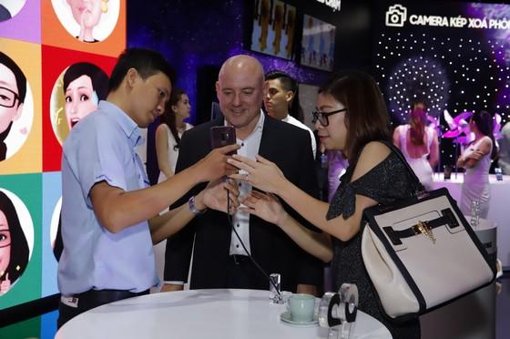 Samsung Galaxy S9/ S9+ hút khách với nhiều tính năng độc