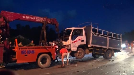 Tai nạn liên hoàn trên quốc lộ 1 qua địa phận Quảng Nam ảnh 1