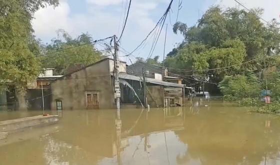 Hồ Phú Ninh tiếp tục xả nước ảnh 1