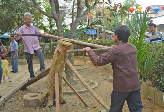 Sôi động giỗ Tổ nghề mộc Kim Bồng ảnh 2