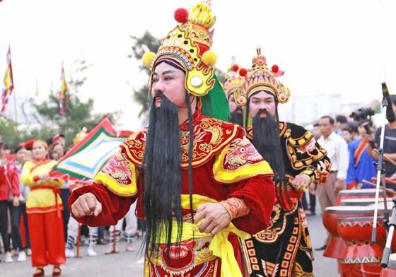 Đà Nẵng trao bằng chứng nhận Di sản Văn hóa phi vật thể quốc gia cho Lễ hội Cầu ngư  ảnh 3