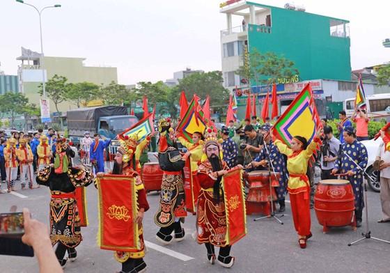 Đà Nẵng trao bằng chứng nhận Di sản Văn hóa phi vật thể quốc gia cho Lễ hội Cầu ngư  ảnh 4
