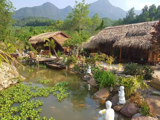 Lùi thời gian tháo dỡ khu nghỉ dưỡng xây không phép trên rừng phòng hộ ở Quảng Nam ảnh 1