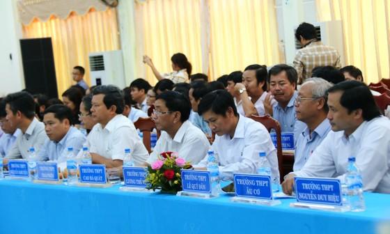 Bộ trưởng Bộ GD-ĐT làm việc với ngành GD-ĐT Quảng Nam ảnh 2