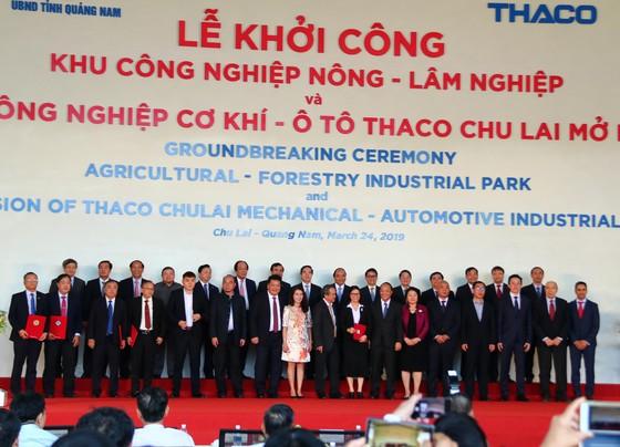 Thủ tướng Nguyễn Xuân Phúc tham dự lễ khởi công nhiều dự án ở Quảng Nam  ảnh 5