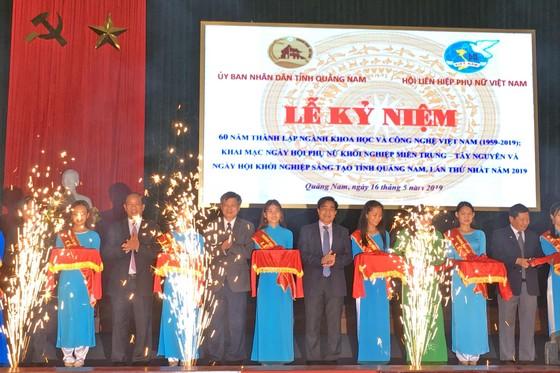 15 đoàn đại biểu tham gia Ngày hội Phụ nữ khởi nghiệp miền Trung- Tây Nguyên ảnh 1