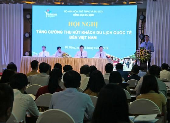 Tìm giải pháp thu hút khách du lịch quốc tế đến Việt Nam ảnh 2