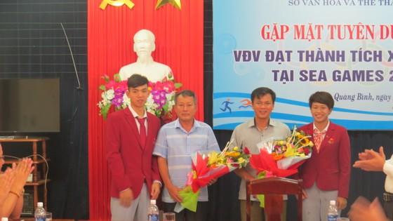 Quảng Bình: Vinh danh 2 vận động viên đạt Huy chương Vàng tại SEA Games 29 ảnh 2
