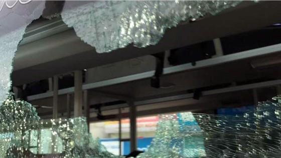 Khởi tố vụ hàng loạt tài xế xe du lịch bị đánh ảnh 1