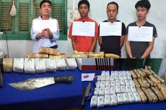 Tỉnh ủy Quảng Bình thưởng nóng vụ bắt giữ 110.000 viên ma túy tổng hợp ảnh 2