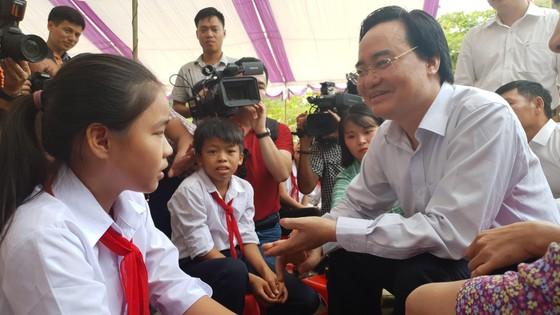 Quảng Bình: Khai giảng Bộ trưởng không đọc diễn văn ảnh 1