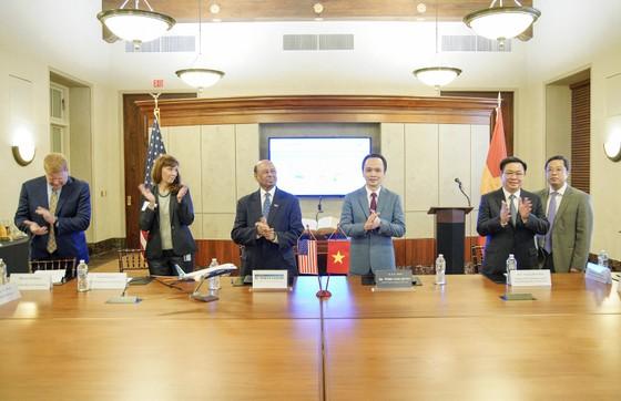 Bamboo Airways ký thỏa thuận mua 20 máy bay Boeing 787-9 Dreamliner trị giá 5,6 tỷ USD ảnh 2