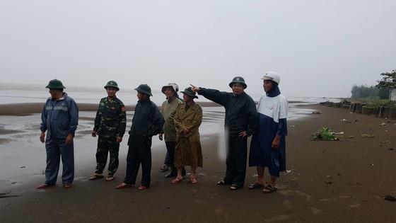 Vũng Tàu - Bến Tre mưa lớn, gió giật mạnh, Khánh Hòa - Ninh Thuận ngập lụt, đường sắt tê liệt  ảnh 11