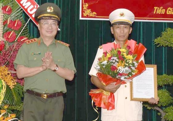 Phó Giám đốc Công an tỉnh Bến Tre nhận chức Giám đốc Công an tỉnh Tiền Giang ảnh 1