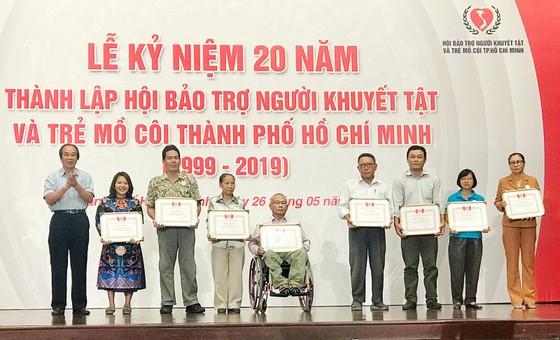 Gần 138 tỷ đồng hỗ trợ cho 262.120 người khuyết tật và trẻ mồ côi ảnh 3