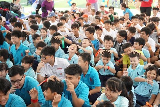 Ngày hội vui chơi hè dành cho trẻ em các mái ấm ảnh 2