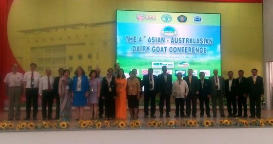 Phát triển chăn nuôi Dê sữa thích ứng biến đổi khí hậu ảnh 1
