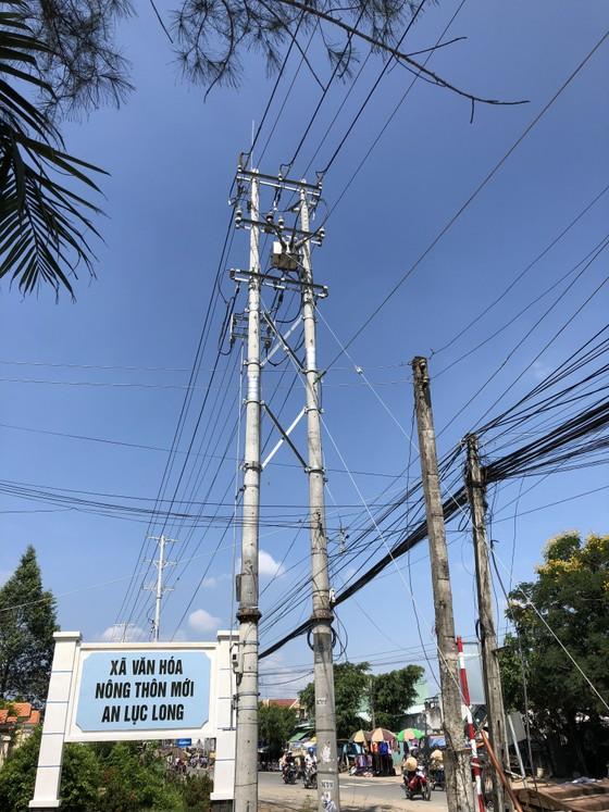 """Vụ đứt dây điện làm 2 học sinh chết ở Long An: """"Do sét đánh"""" ảnh 2"""