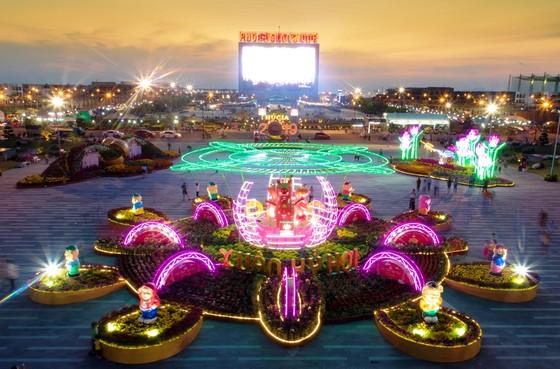 ĐBSCL: Các khu du lịch tấp nập khách vui xuân  ảnh 2