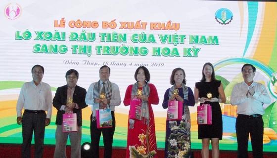 Công bố xuất khẩu lô xoài đầu tiên của Việt Nam sang thị trường Hoa Kỳ ảnh 1