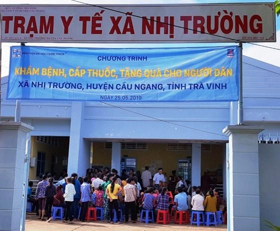 Bệnh viện Đại học Y dược TPHCM khám bệnh miễn phí cho người nghèo Trà Vinh ảnh 1