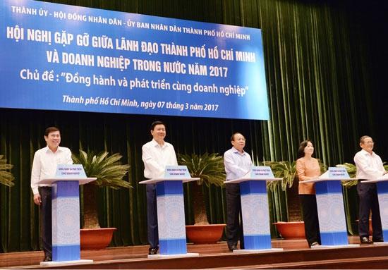 TPHCM lắng nghe ý kiến đóng góp 400 DN ảnh 1