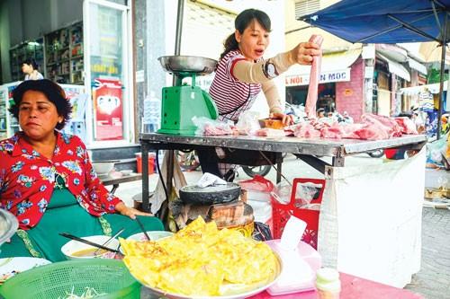 An toàn thực phẩm từ chợ tạm ảnh 1