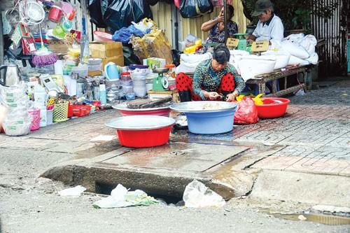 An toàn thực phẩm từ chợ tạm ảnh 5