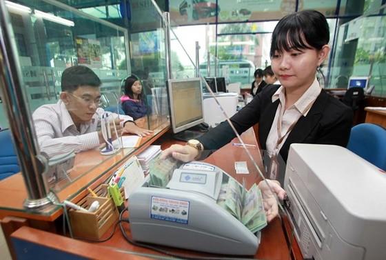 Lãnh đạo phạm luật, ngân hàng bị kiểm soát đặc biệt ảnh 1