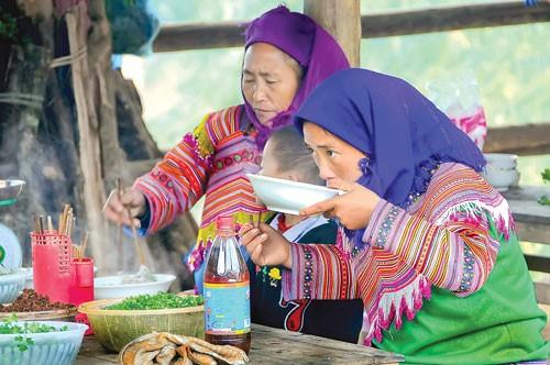 Đặc sắc chợ phiên Lào Cai ảnh 9