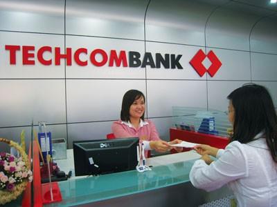 Lãnh đạo Techcombank đăng ký bán 90 triệu CP ảnh 1